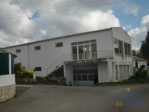 Warehouse with 2 floors in Formigal - Salir de Matos. |
