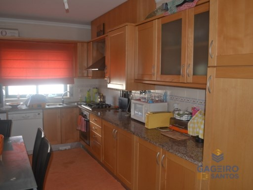 Apartment with 2 bedrooms in Valado dos Frades  (Nazaré) | 2 Bedrooms | 1WC
