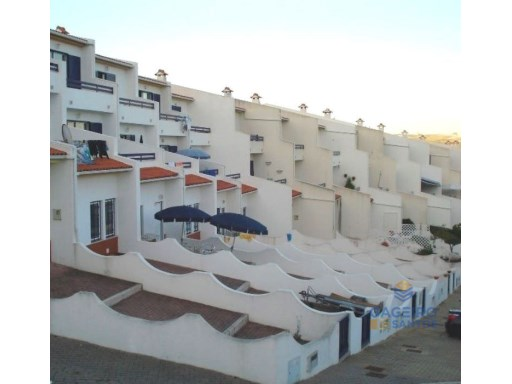 Townhouse T4  with garage and pool - São Martinho do Porto - Silver Coast | 4 Bedrooms | 3WC