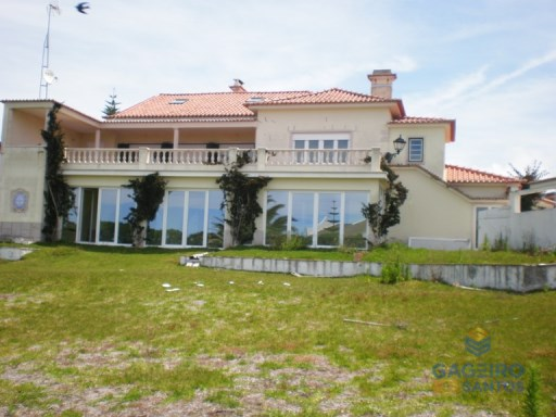Detached villa with swimming pool, Santa Cruz - Silver Coast | 7 Bedrooms | 5WC
