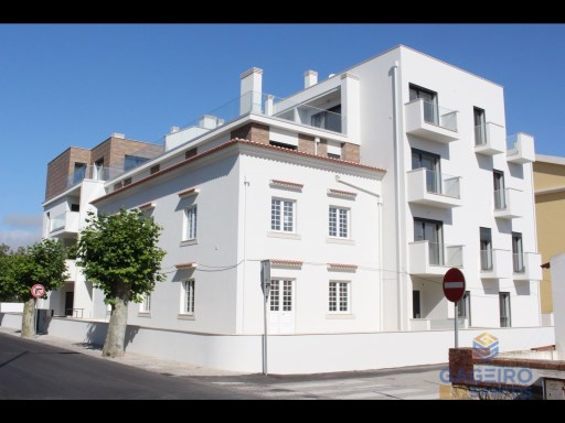2 bedroom apartment with parking space  to 200 meters from the beach of São Martinho do Porto - Silver Coast | 2 Habitaciones | 1WC