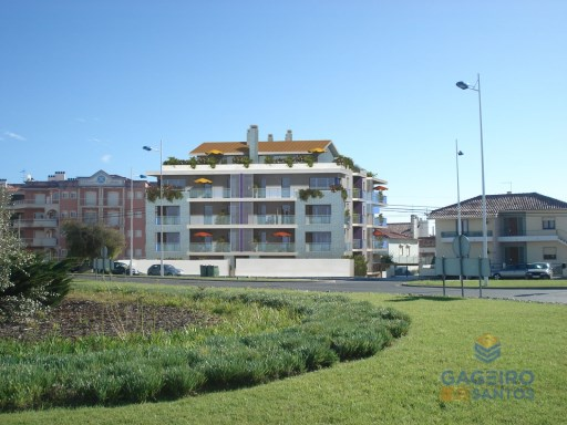 2 bedroom apartment, with parking place, storage and pool in Sao Martinho do Porto - Silver Coast | 2 Zimmer | 1WC