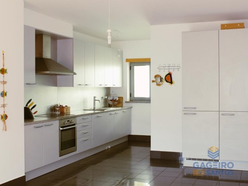 Apartment T3 in Marginal | 3 Bedrooms | 3WC
