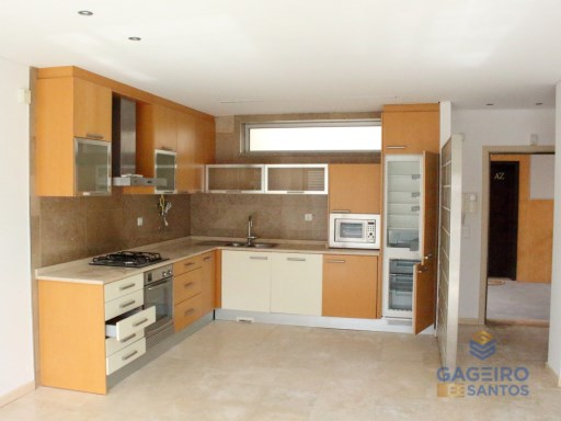 1 bedroom apartment with garage and pool in São Martinho do Porto-Silver Coast | 1 Bedroom | 1WC