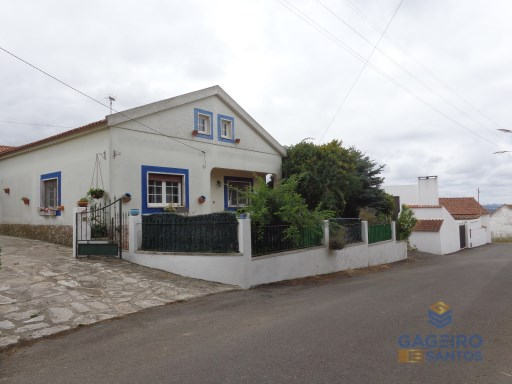 House › Caldas da Rainha | 3 Bedrooms | 2WC