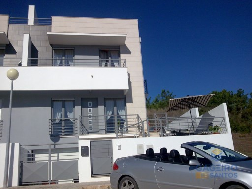 3+1 bedrooms villa with garage - Famalicão- Nazaré - Silver Coast | 3 Bedrooms | 3WC