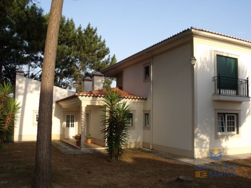 Detached 4 bedrooms villa, with garage and plot - Nadadouro - Caldas da Rainha - Silver Coast | 4 Bedrooms | 3WC