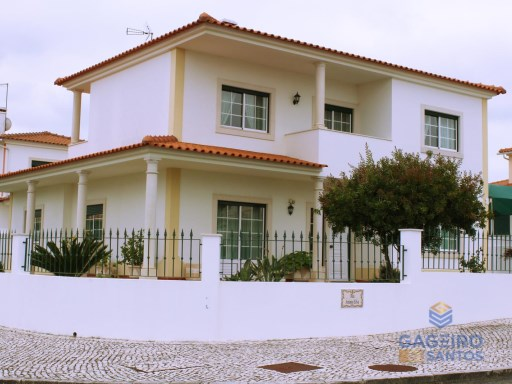 4 bedrooms Detached villa - with garage and garden - Caldas da Rainha - Silver Coast | 4 Bedrooms | 3WC