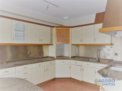 Apartment › Caldas da Rainha | 4 Bedrooms | 3WC