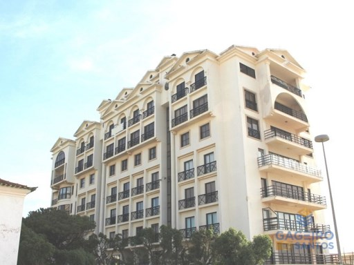 2 bedroom apartment with sea view, pool and parking space in São Martinho do Porto - Silver Coast | 2 Zimmer | 1WC