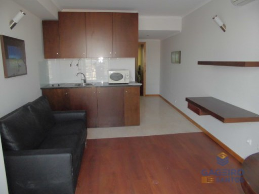 T1, 1st floor to rent , in São Martinho do Porto | 1 Habitación | 1WC