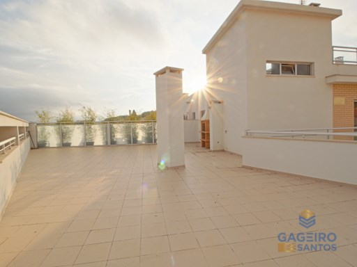 1 bedroom apartment with terrace and parking place- São Martinho do Porto - Silver Coast | 1 Habitación | 1WC