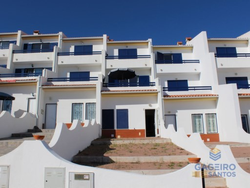 Housetown with 4 Bedrroms at São Martinho do Porto - Silver Coast  | 4 Bedrooms | 3WC