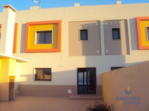 Houses T3 in gated community - Valado Santa Quitéria - Silver Coast | 3 Bedrooms