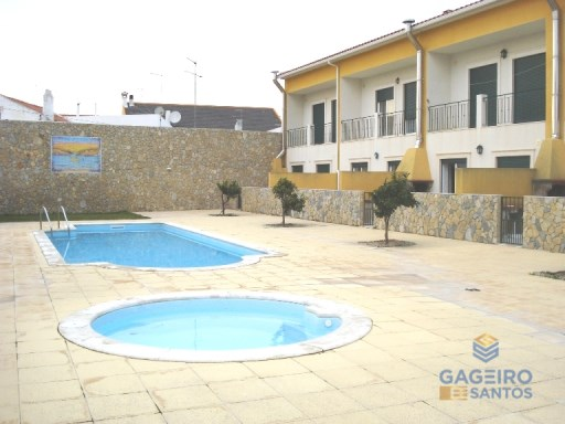 4 bedroom villa with garage and pool in São Martinho do Porto - Silver Coast | 4 Bedrooms | 4WC