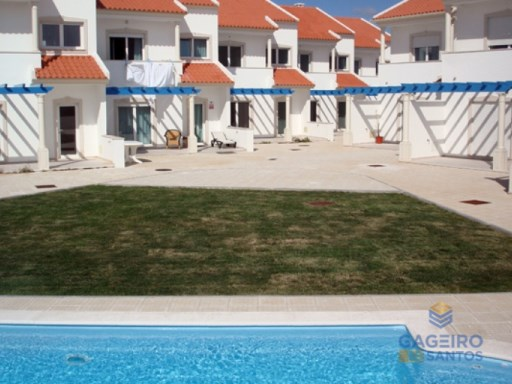 3 bedroom villa with common swimming pool in Pederneira | 3 Zimmer | 1WC