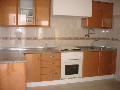 House M2 for sale Mexilhoeira da carregaçao | 2 Bedrooms | 1WC