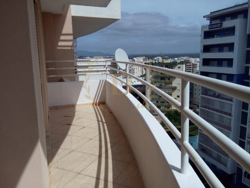 Apartment T4 in Portimão-Financing up to 100%-Bank Property | 4 Bedrooms | 3WC