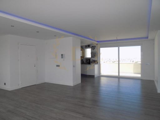 Luxury 3 bedroom penthouse with sea view and Sierra vista in Portimão | 3 Bedrooms | 3WC