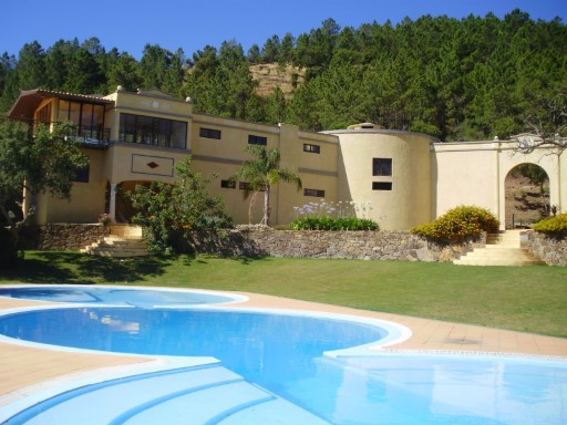 Beautiful property in the Algarve at a great price ! |