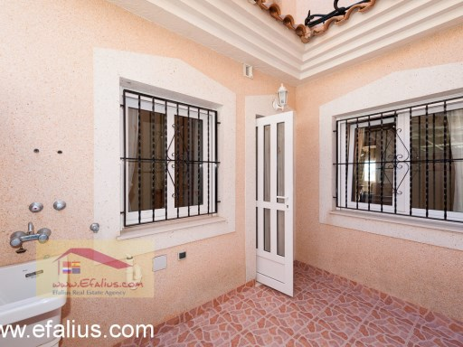 Los Altos - Townhouse - Efalius-22%24/29