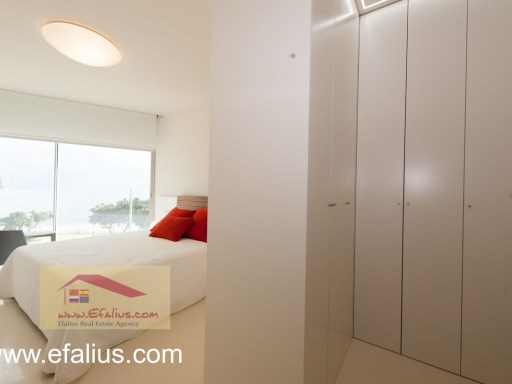 Torrevieja - First Line - Efalius-16%30/31