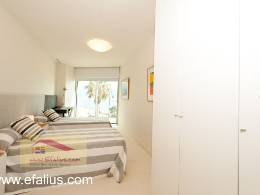 Torrevieja - First Line - Efalius-13%21/32