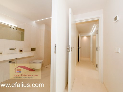 Torrevieja - First Line - Efalius-17%25/32