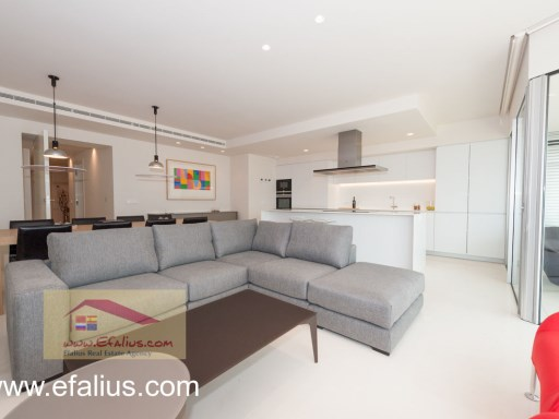 Torrevieja - First Line - Efalius-26%30/32