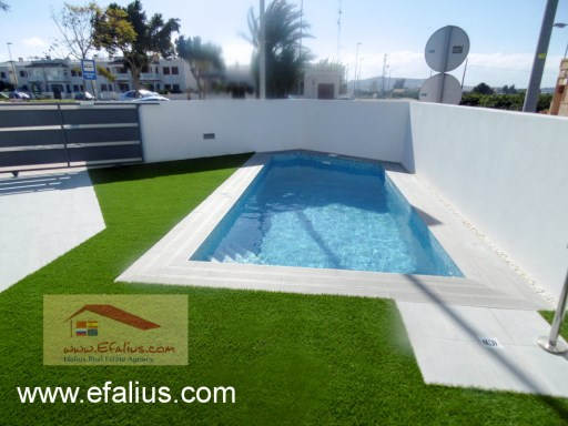 Bargain Villa, Efalius (27 of 60)%19/19