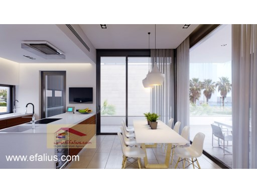 First Line Villa, Efalius (7 of 20)%8/19