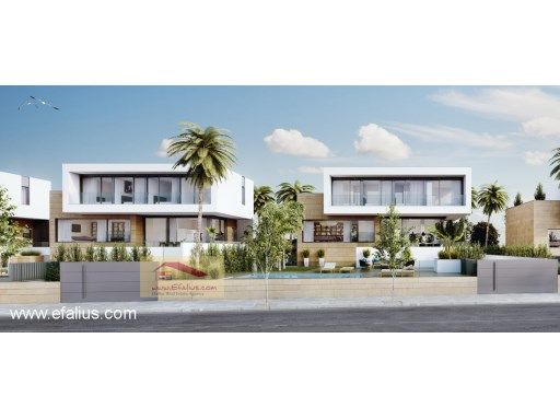 First Line Villa, Efalius (18 of 20)%18/19