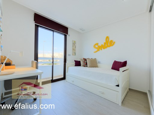 Torreveija Townhouse, Efalius (8 of 16)%8/14