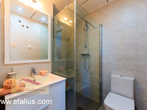 Torreveija Townhouse, Efalius (2 of 16)%9/14