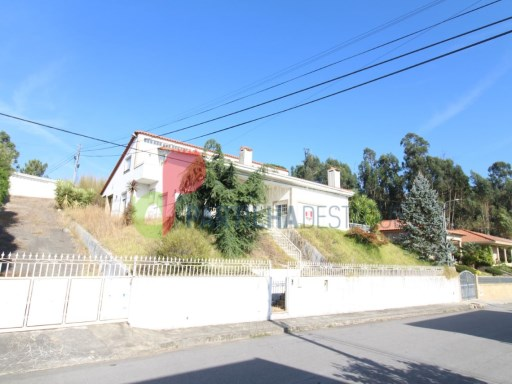 House › Guimarães | 5 Bedrooms