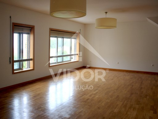 Apartment › Espinho | 4 Bedrooms | 3WC
