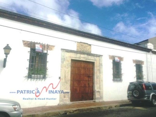 House for sale with courtyard and pool, Zona Colonial, Santo Domingo. | 5 Bedrooms | 5WC