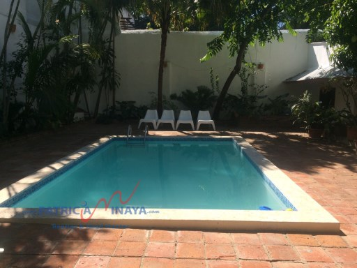 Vendo Casa Colonial con Piscina y amplio patio interior. Zona Colonial, Santo Domingo. | 3 Dormitorios