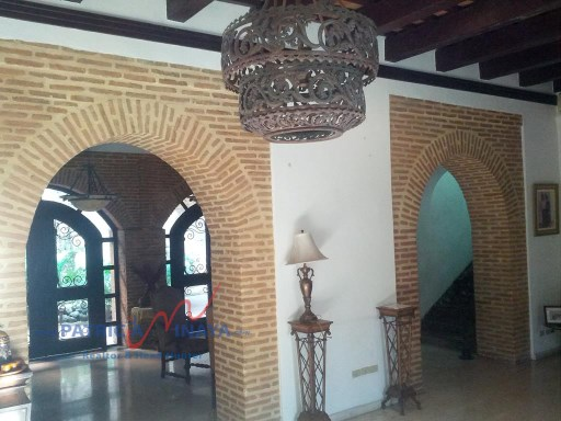 Sala, zona colonial, Incolonial Real Estate.%3/20