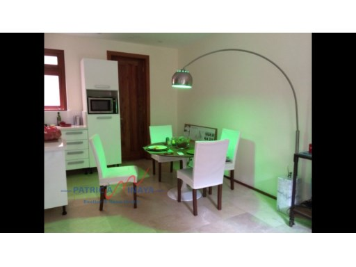 Comedor, zona Colonial, Incolonial Real Estate.%3/7