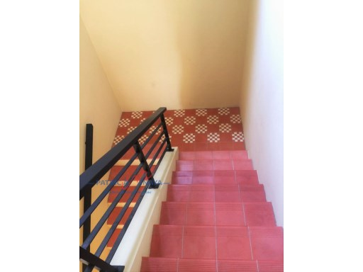 Escaleras / Local Comercial Zona Colonial%8/18