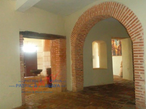 First level in rent, local in Plaza España, good location, Colonial Zone , Santo Domin (4)%2/9