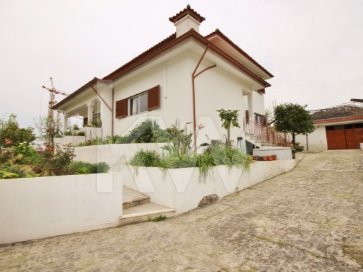 House › Barcelos | 5 Bedrooms | 3WC