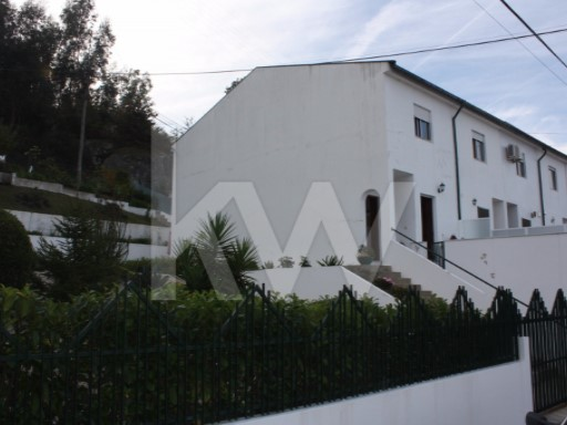 House › Guimarães | 2 Bedrooms