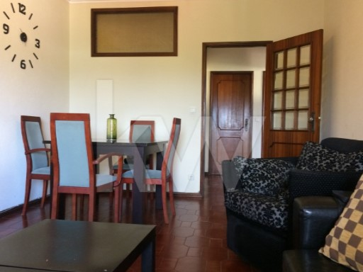 Apartment › Gondomar | 2 Bedrooms + 1 Interior Bedroom | 2WC