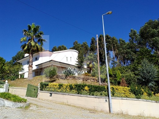House › Paredes | 4 Bedrooms | 2WC