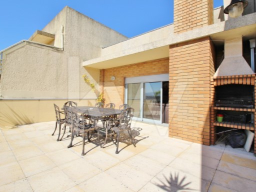 EXCELLENT APARTMENT T4 IN VALENCIA, LAST FLOOR WITH ONLY 1 FRACTION | 4 Bedrooms | 2WC