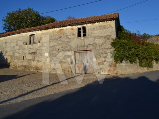 House › Barcelos | 3 Bedrooms | 1WC