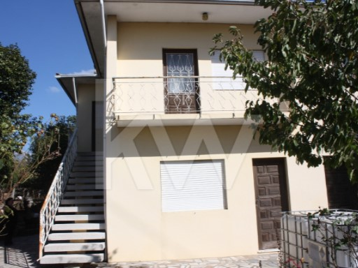 House › Santo Tirso | 3 Bedrooms | 1WC
