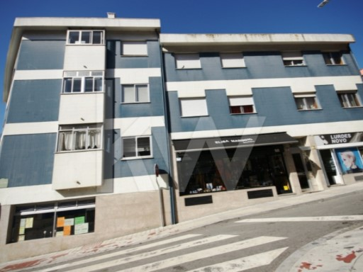 Apartment › Porto | 4 Bedrooms + 1 Interior Bedroom
